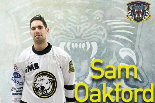 Sam Oakford back with Panthers