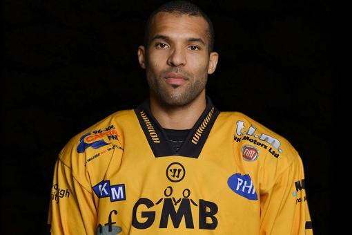 Clarke - Panthers 'need to find feet for play-offs'