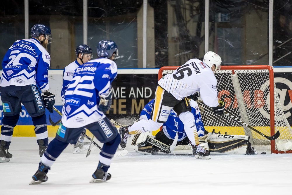 Highlights: Panthers into Challenge Cup semis Top Image