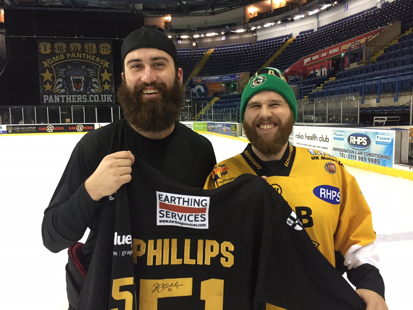 Phillips jersey goes to fan volunteer Top Image