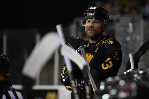 Brian McGrattan thanks fans for tremendous ovation