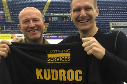 FAN KEVIN GOES HOME WITH DEBUT SHIRT OF KRISTIAN KUDROC