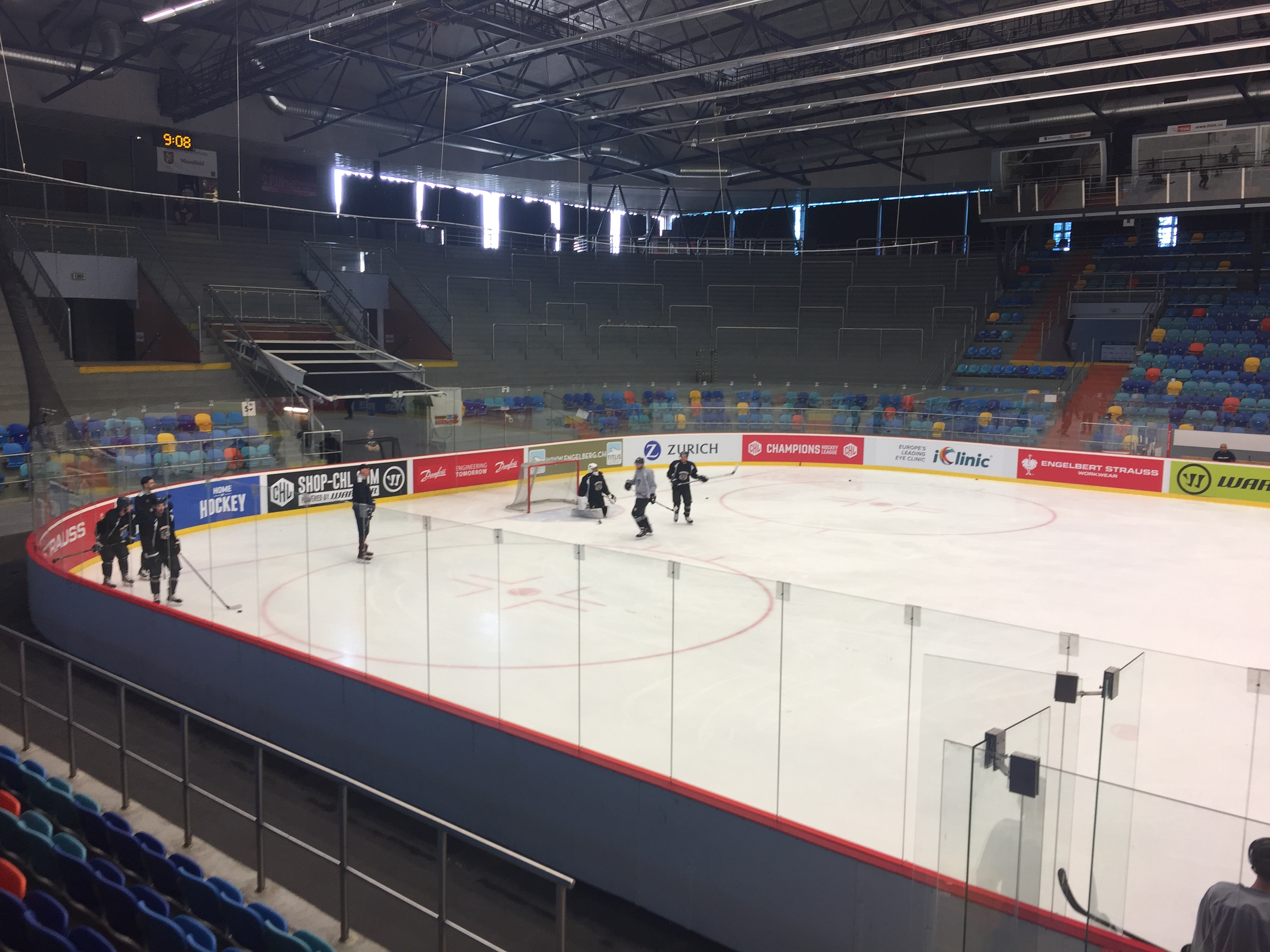 Panthers hit Czech ice for first time Top Image