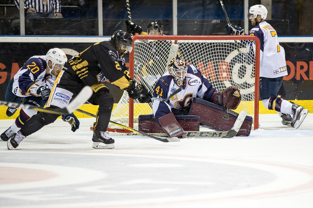 Match Report: Panthers take extra point in OT Top Image