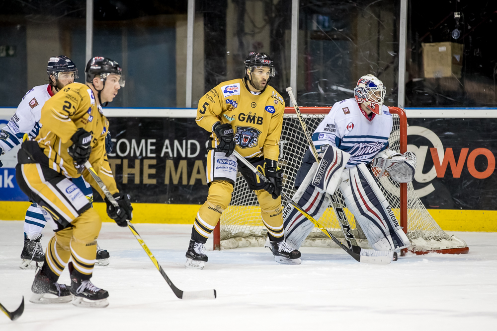 Home action on Friday when Dundee visit Nottingham in the league, 7.30 face-off