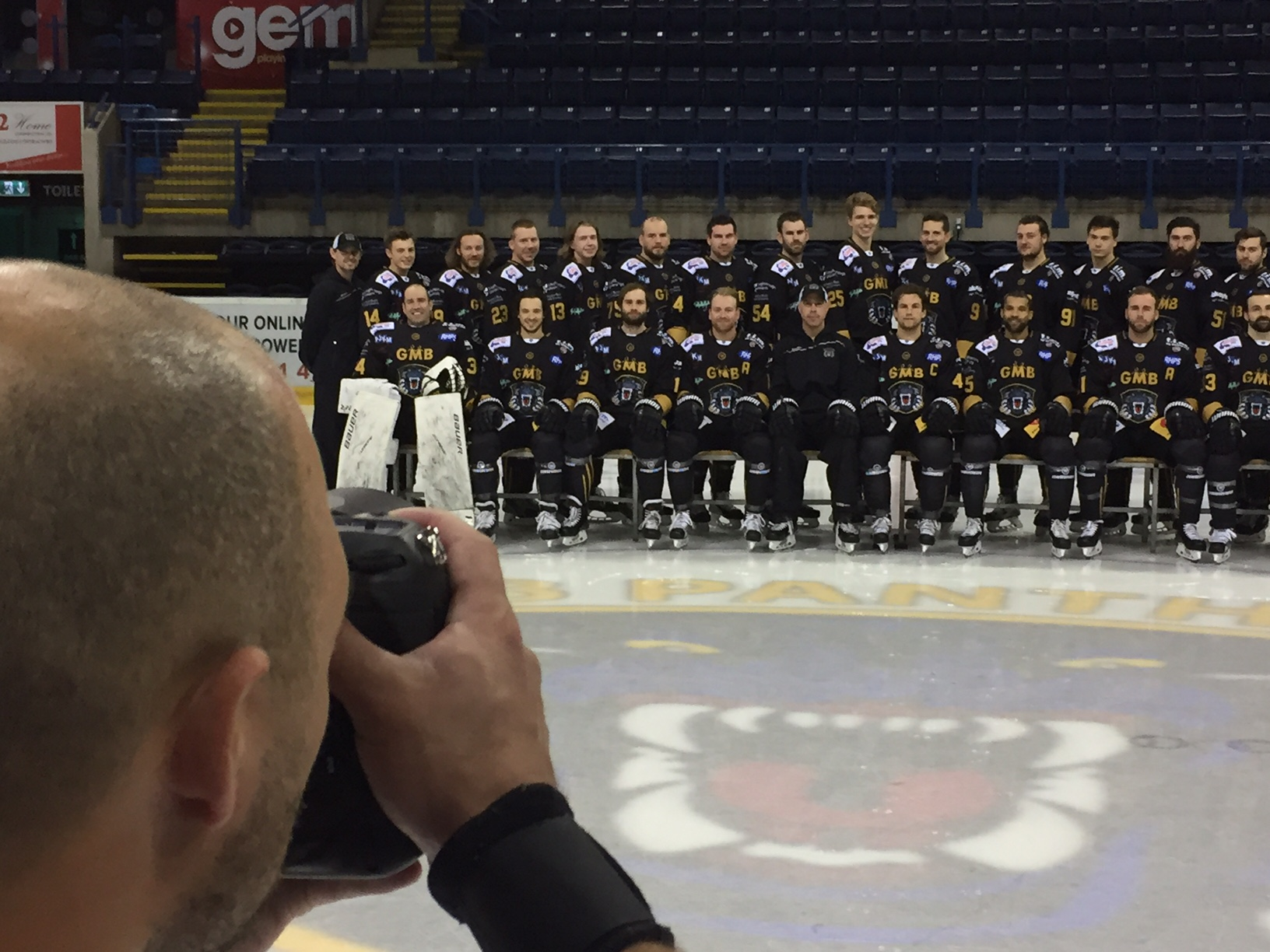 TEAM PHOTO DAY Top Image
