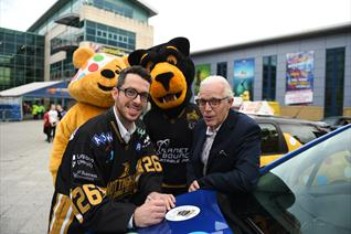 Paws meets Pudsey